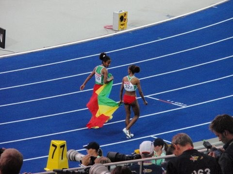 Geschlagene äthiopische Favoritinnen über 5000m (Meseret Defar, Sentayehu Ejigu)
