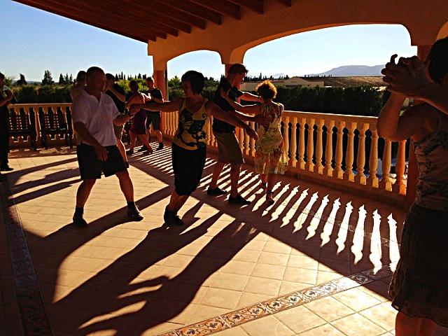 Tangokurs auf dem Balkon