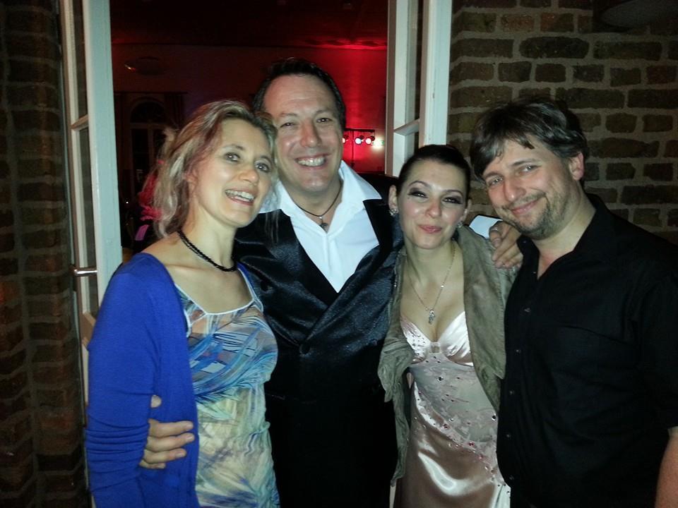 José Vasquez & Anna Yarigo (Mitte), Susanne Illini & Harald Rotter 2015