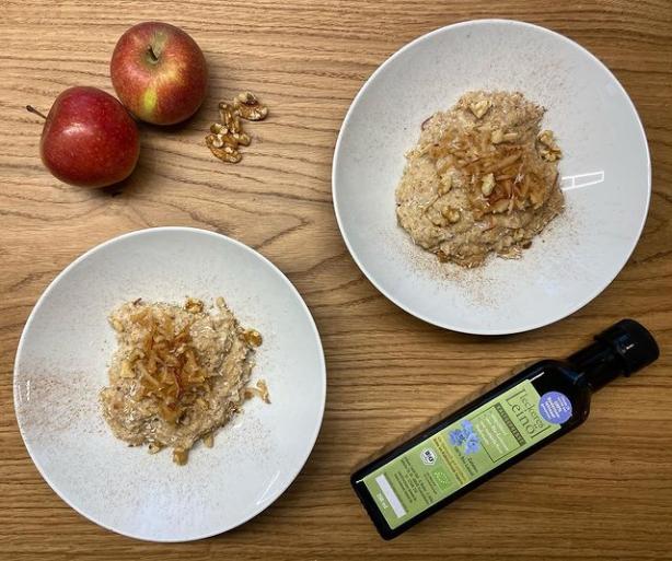 Leckeres Leinöl & Apfel-Zimt Porridge
