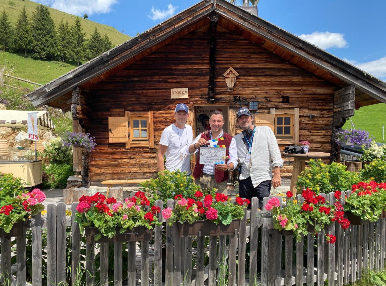 """Wie kommt ein Kreuzfahrtschiff ins Zillertal? """"Kreuzfahrt ins Glück"""" – Große Gefühle in Tirol statt in der Toskana"""