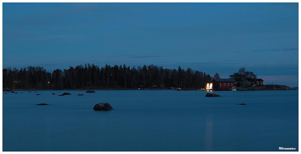 Plage de Lauttasaari - Finlande - Catégorie By night