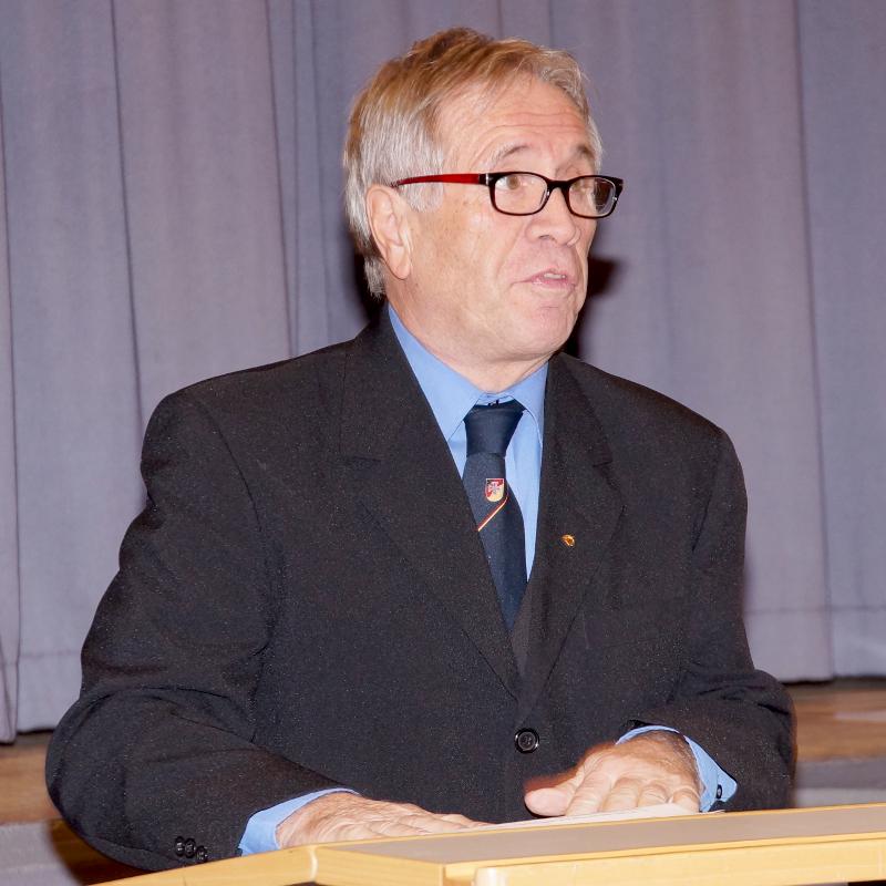 Der Ehrenvorsitzende der Walldürner Reservisten, Günter Tomann, wandte sich in seiner Ansprache vor allem an die jüngeren Mitglieder.