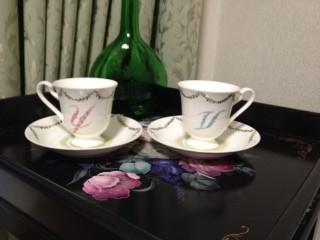 花文字のカップ