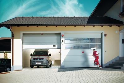 Industriesektionaltore beim Roten Kreuz - © Normstahl