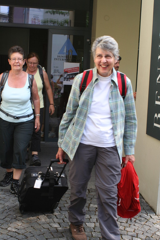 Sonntagmorgen: Aufbruch aus der Jugenherberge in Locarno