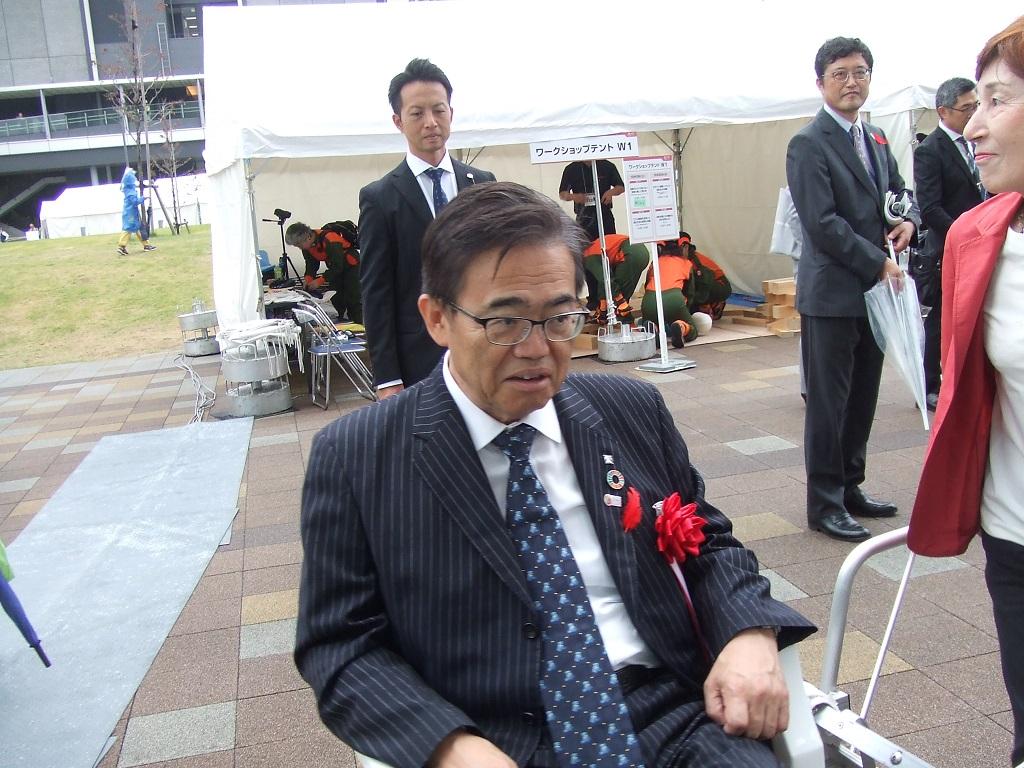 愛知県県知事試乗風景