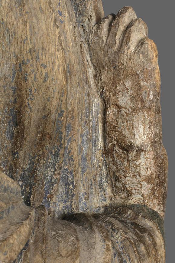 Bildhauerische Bearbeitung der Rückseite der rechten Hand Marias