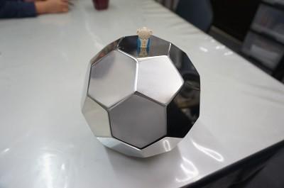 ステンレス製 サッカーボール