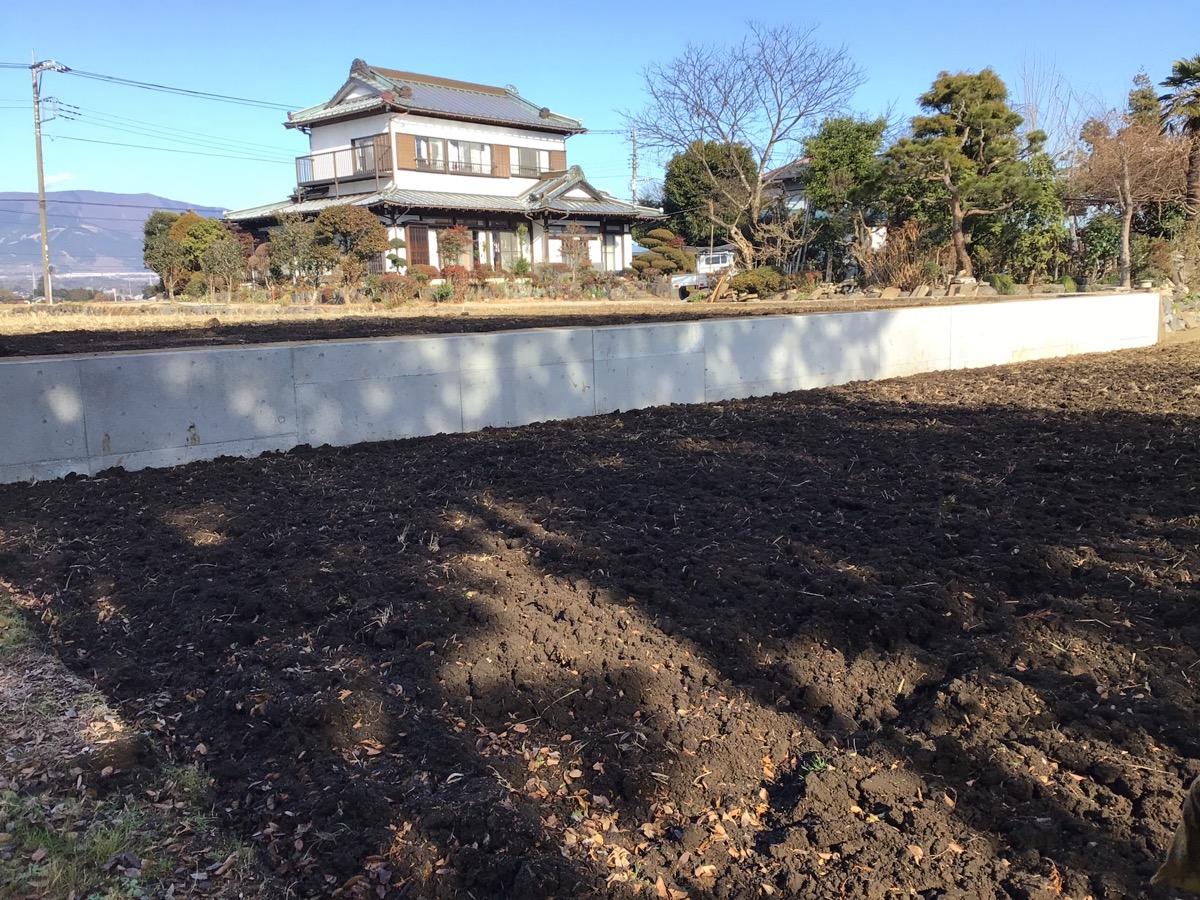御殿場市 T様 田んぼの土留擁壁コンクリート工事