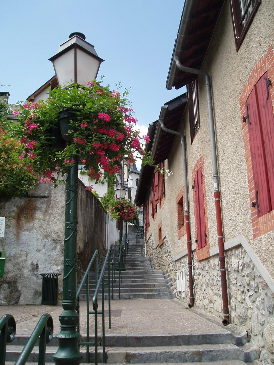 Escalier parc thermal Argelès Gazost