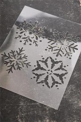 Pochoir Flocons de neige  de la collection Jeanne d'Arc Living