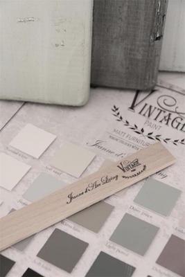 Bâton mélangeur petit de la gamme Vintage Paint de Jeanne d'Arc living