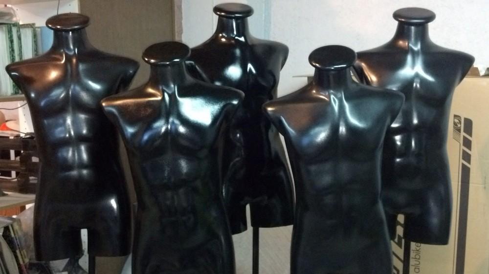 Maniquies con pedestal