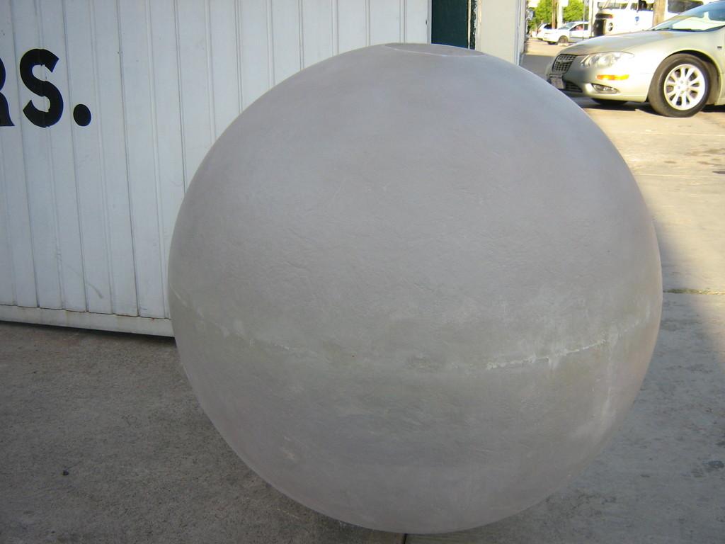 """""""Esfera translucida"""" fibra de vidrio 90 cm diam"""