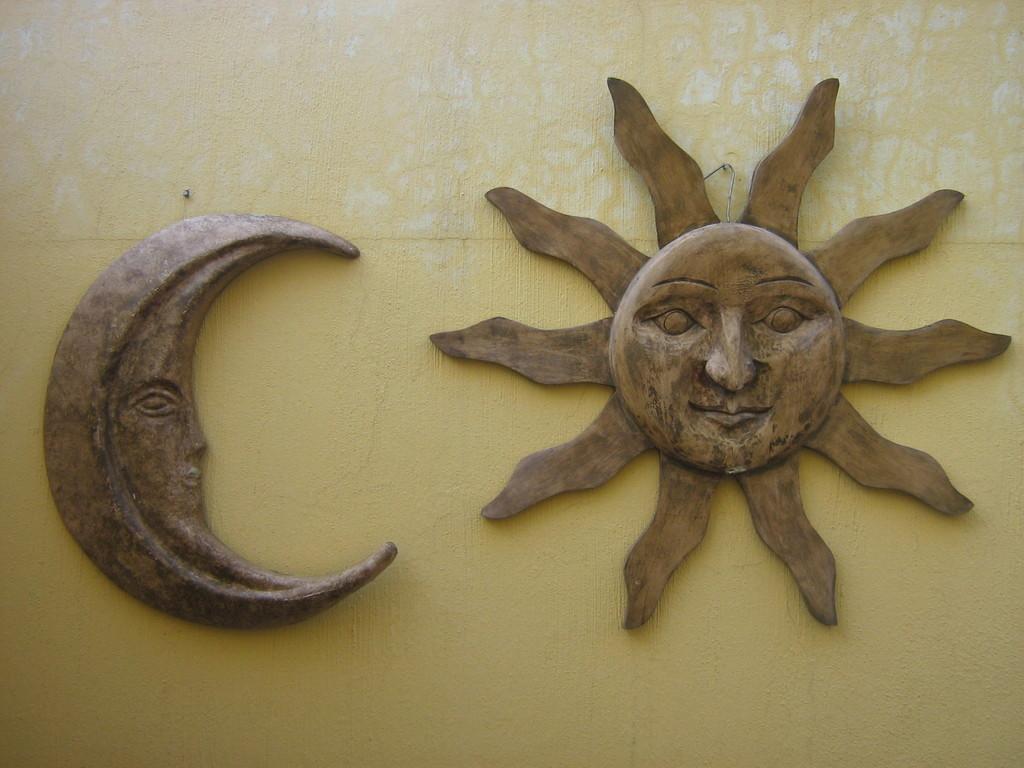 """""""Sol y Luna de pared"""" Fibra de vidrio"""