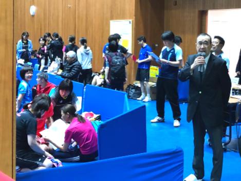 開会式にて、三浦会長の挨拶風景