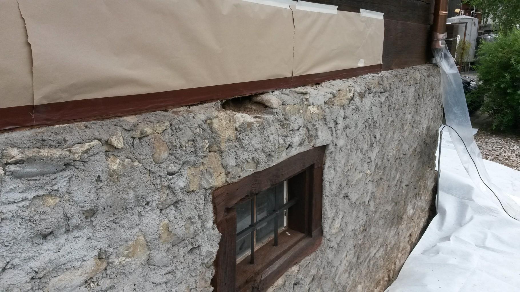 garage verputzen ausgleichshaftputz auf bestehende beton. Black Bedroom Furniture Sets. Home Design Ideas