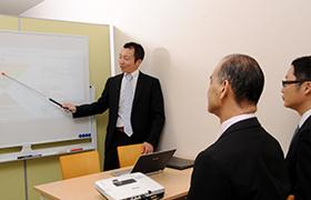 経営コンサルタントによる社員研修・会議のファシリテーション