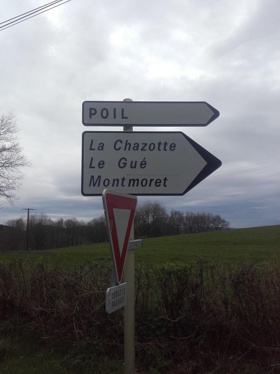En dessous de l'oppidum de Bibracte (Mont Beuvray). Voilà le Charollais.