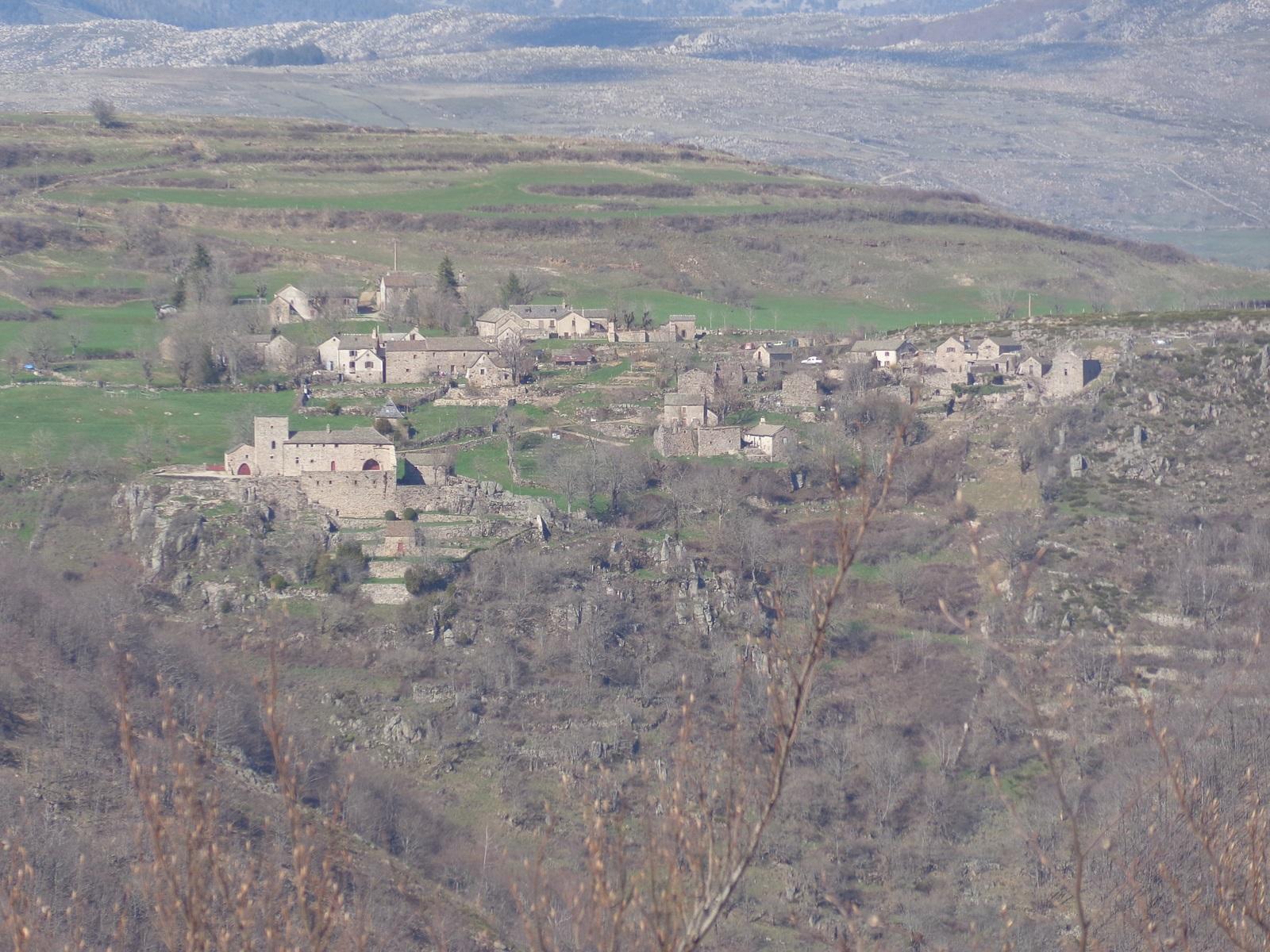 Le village de Grisac.