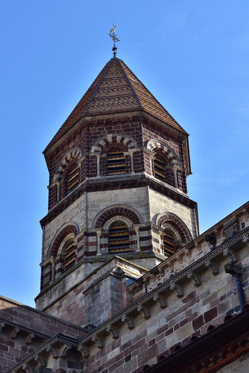 Brioude. Basilique St-Julien. Tour octogonale
