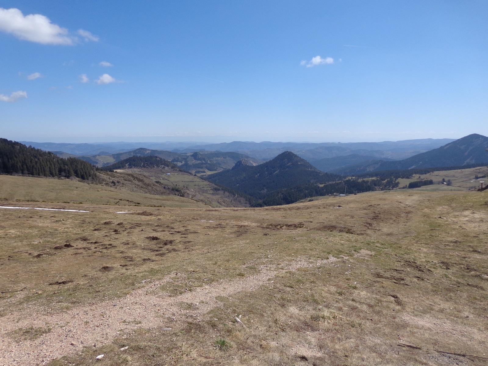 Vue vers les Alpes (le Vercors encore sous la neige).