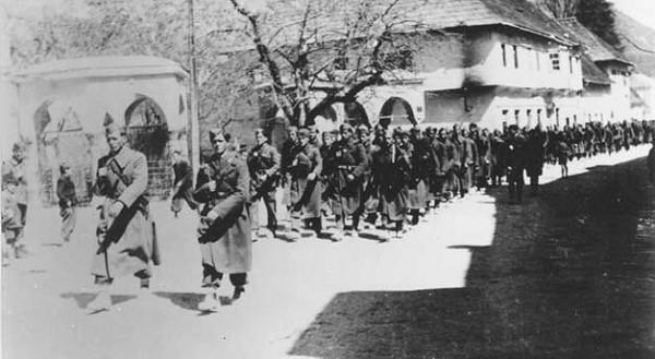 Ulazak partizana u Travnik 1945.