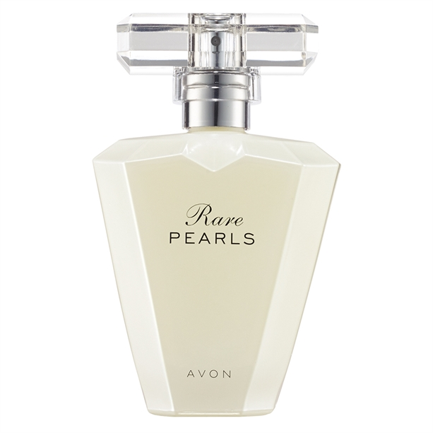 RARE PEARLS: Eau de Parfum Spray. 50 ml. 28 €. Diese Zeitlose, von der Schönheit echter Perlen inspirierte Duft unterstreicht Ihren Stil nach der Urlaubs-pause. MANGOLIE, ROSENHOLZ, SANDELHOLZ.