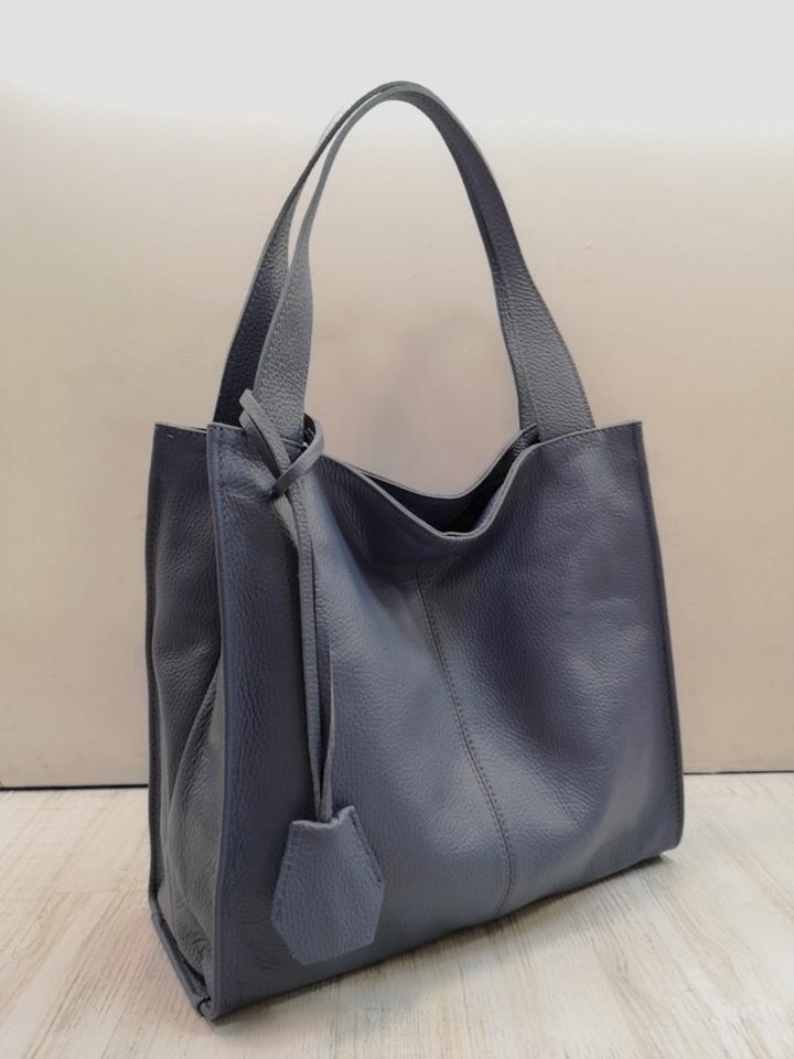 Tasche aus LederEuro 59,50 in verschiedenen Farben & Ausführungen