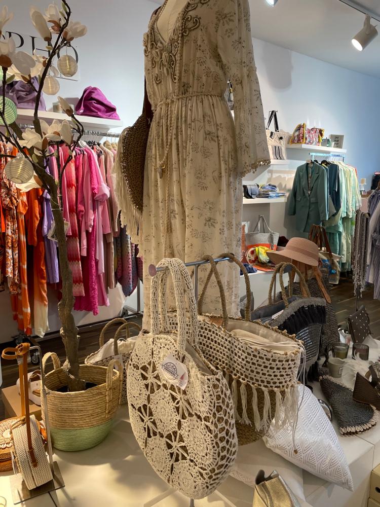 Boheme Style Taschen sind voll im Trend . In vielen verschiedenen  Ausführungen erhältlich