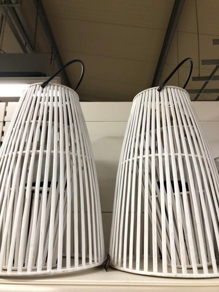 Weißes Windlicht Höhe ca 40 cm Euro 39,50