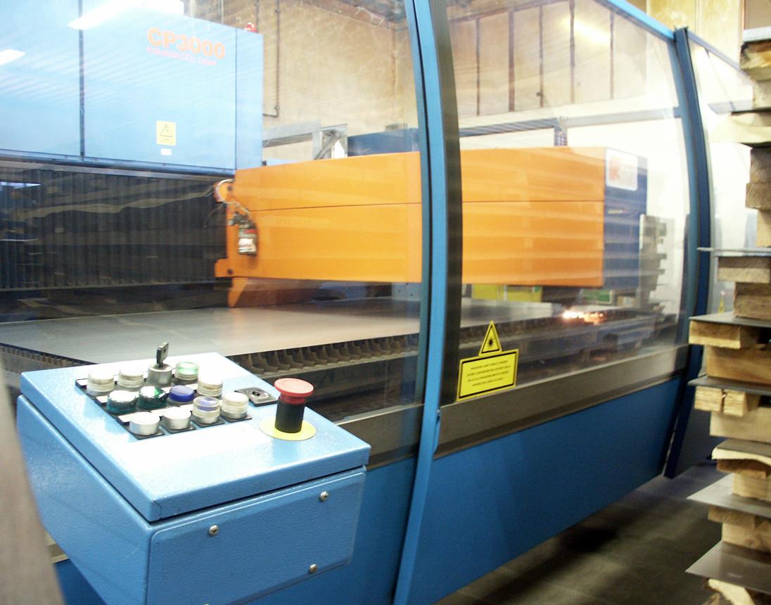 Impianto laser da taglio