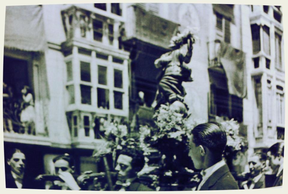 Procesión en 1927.