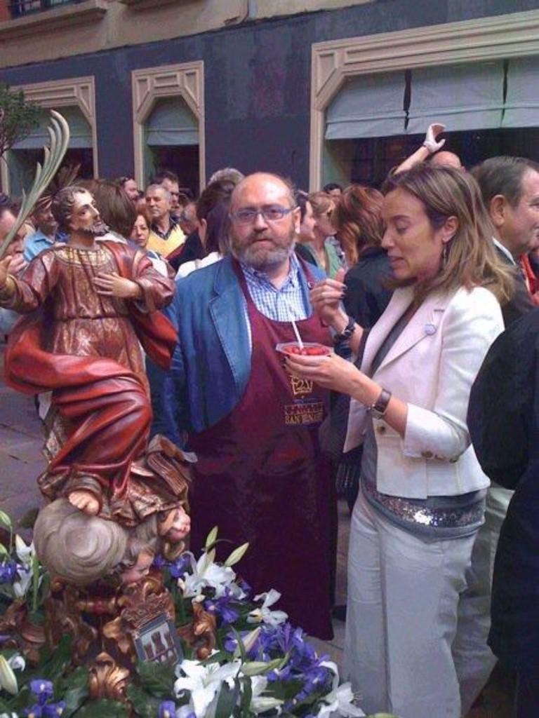 La Alcaldesa, siempre con San Bernabé.