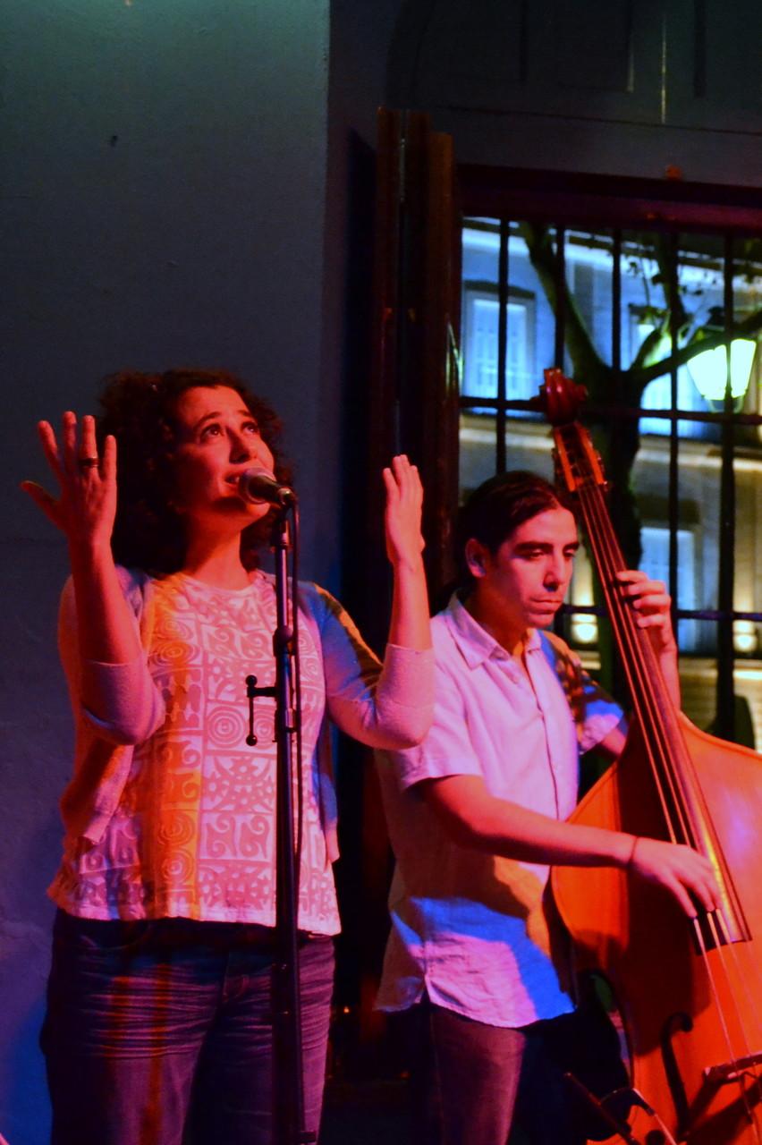 CORDELIA TRÍO. LA CANELA. FESTIVAL DE MÚSICA ESPAÑOLA DE CÁDIZ. NOVIEMBRE 2011