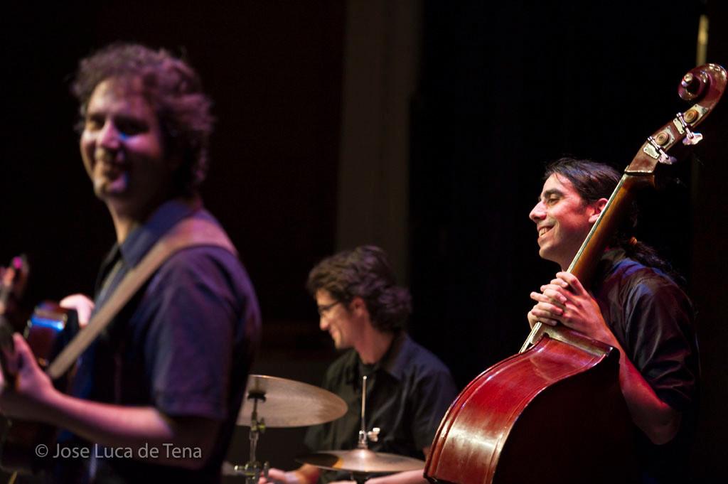"""CONCIERTO PRESENTACION """"SOLITUDE"""" ABRIL SEVILLA 2011. FOTOS: JOSE LUCA DE TENA"""