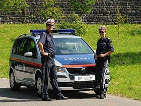 Fotoquelle: https://de.wikipedia.org/wiki/Bundespolizei_(%C3%96sterreich)