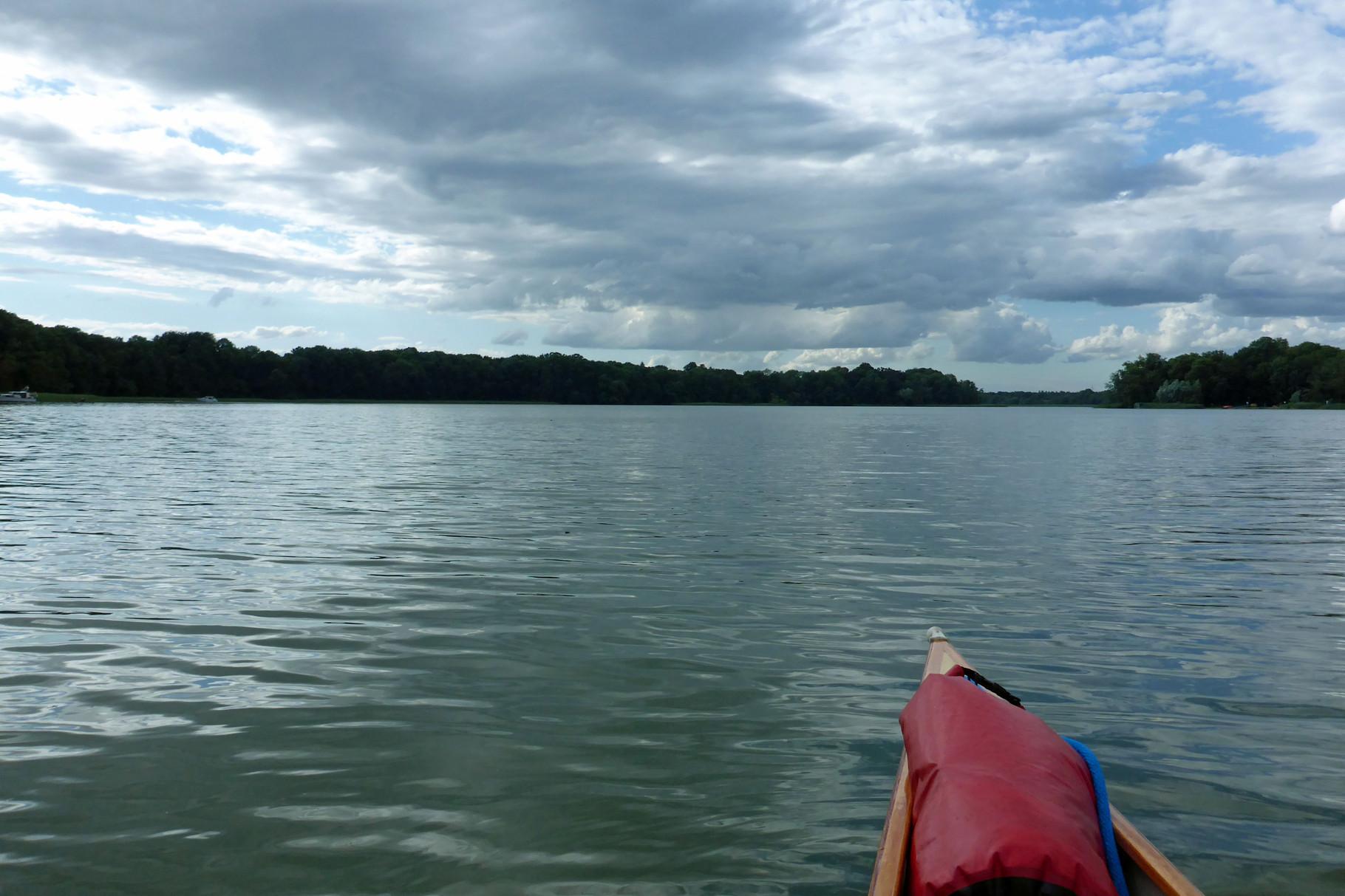 Auf dem Ruppiner See blies der Wind kräftig - hier nur ein ruhiger Moment.