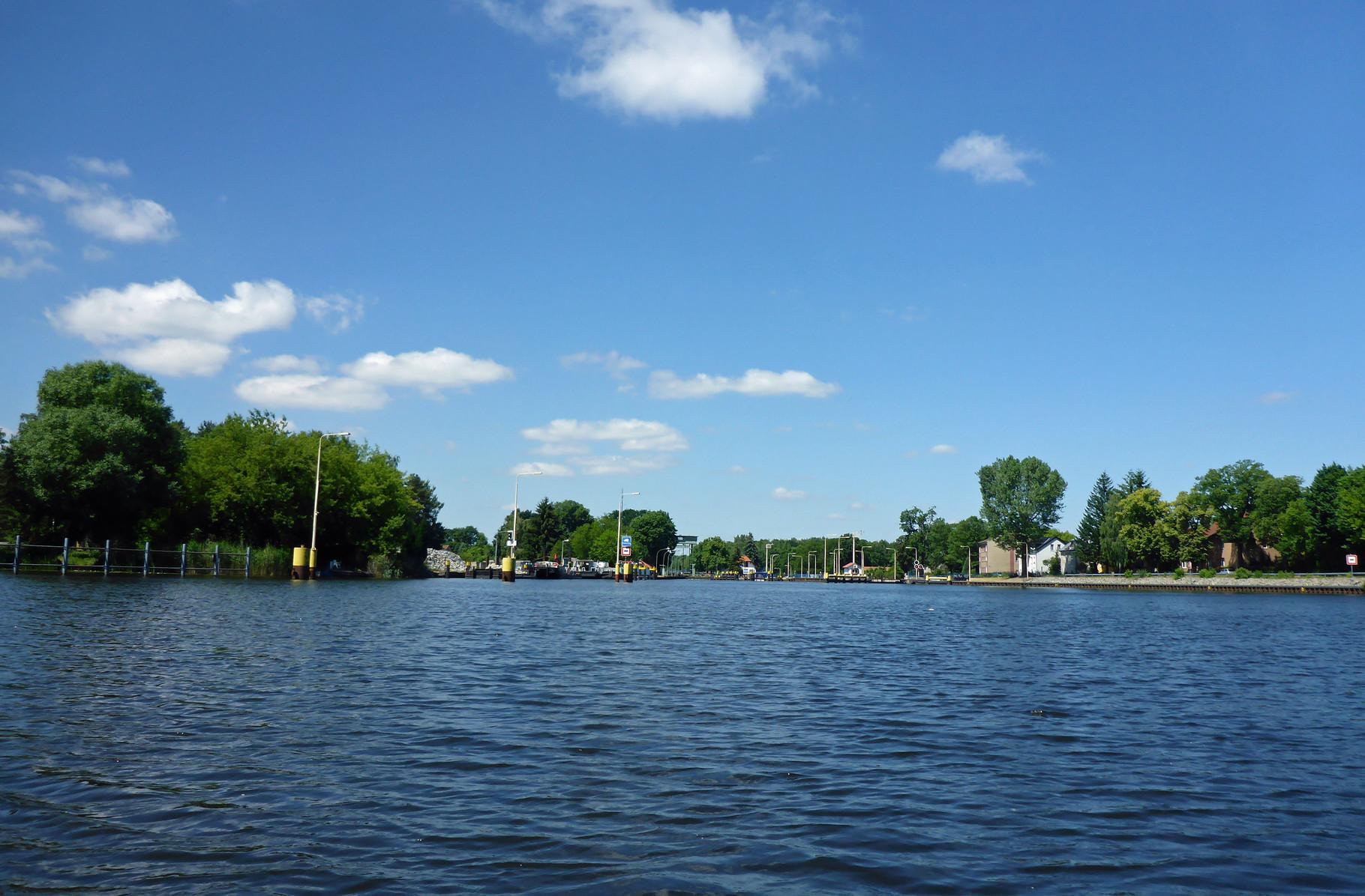 Danach Schiebewind im Kanal.