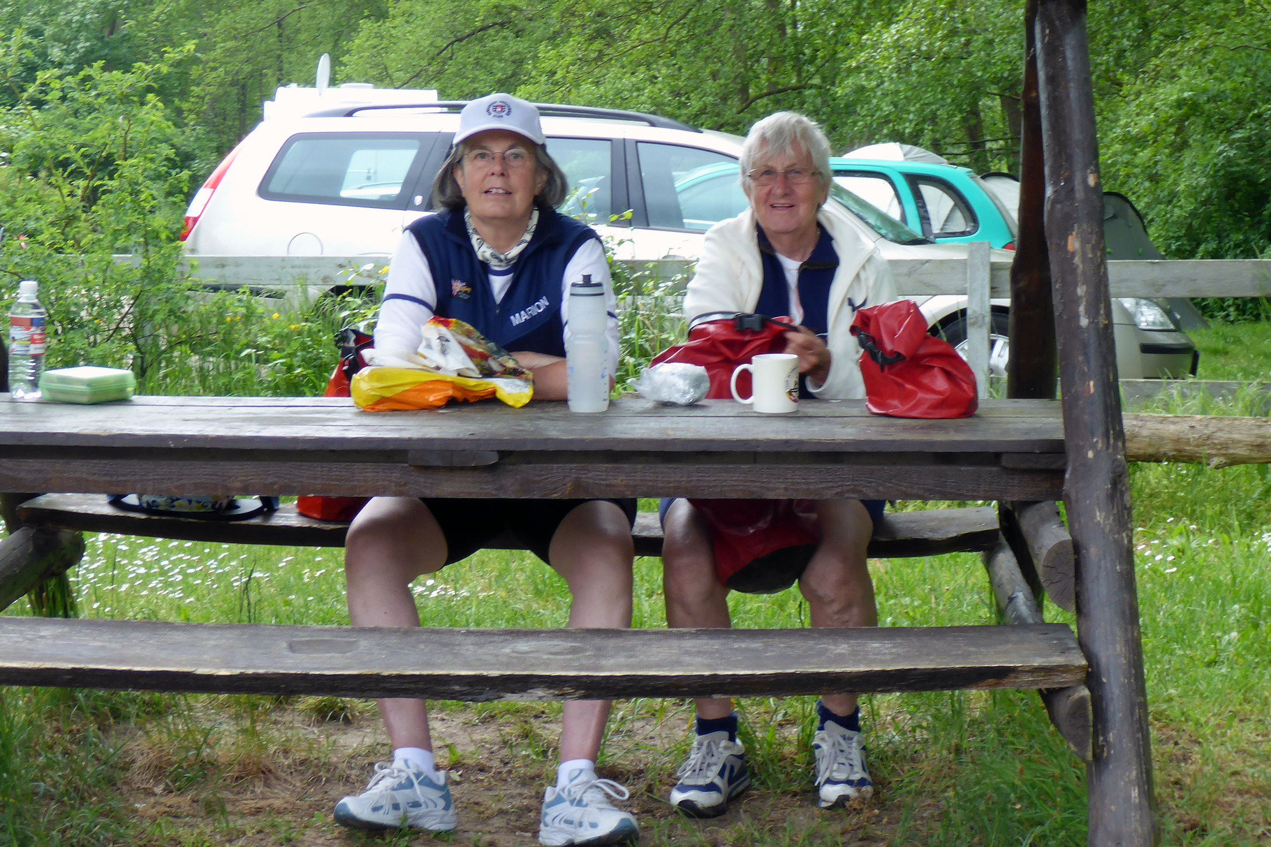 Picknick beim Achter. Marion und Icke.