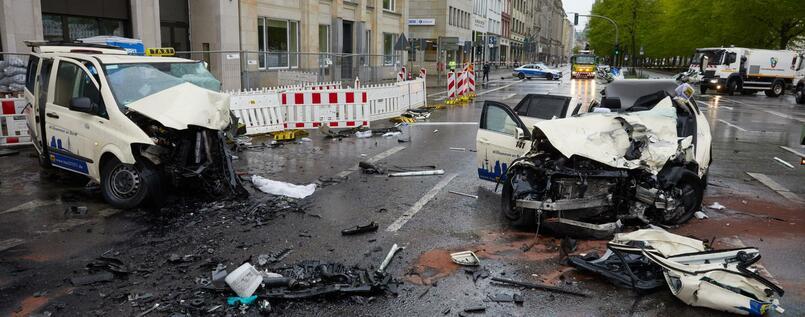 Foto des Taxi Raser Unfalls 2017 - Endgültiges Urteil Mord
