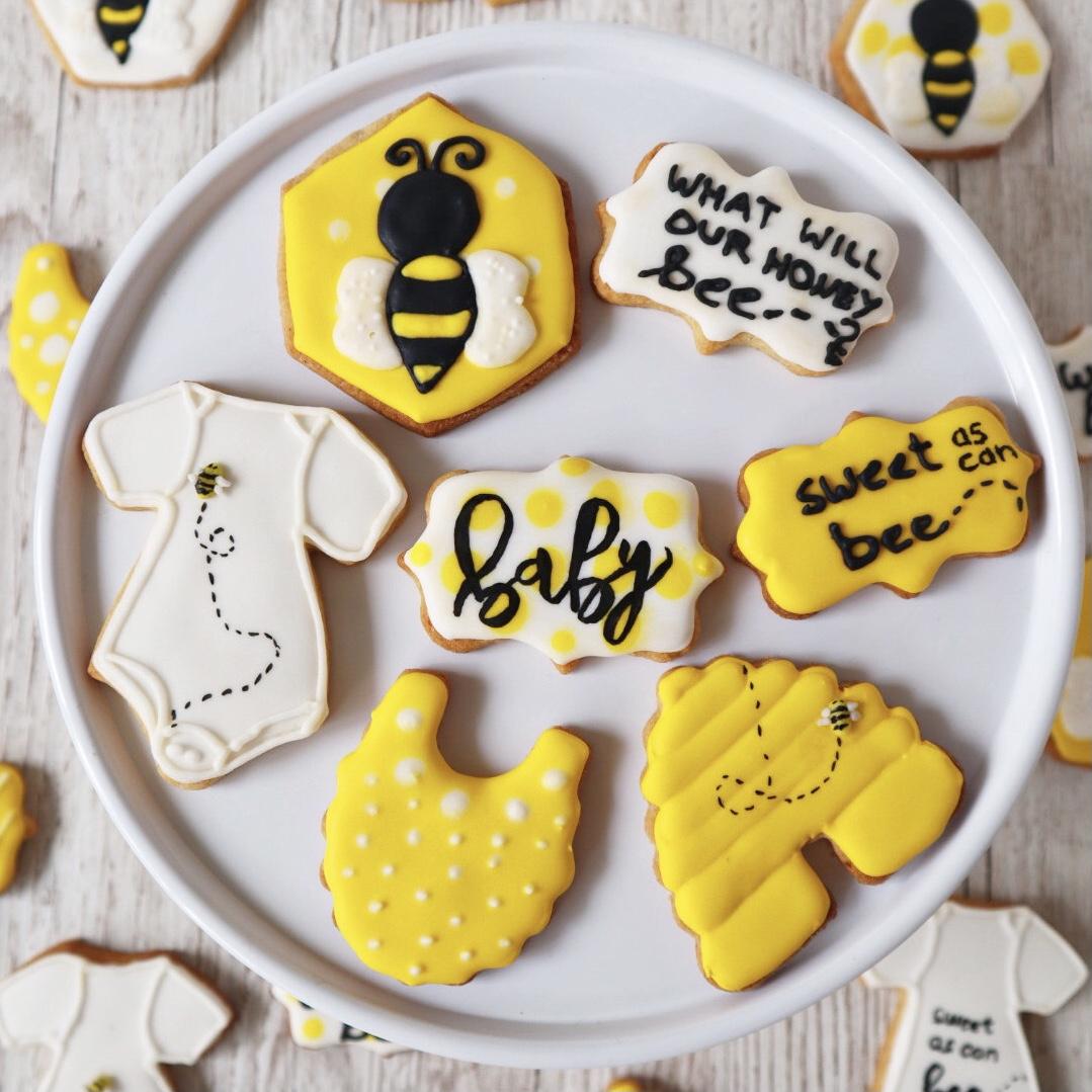 Royal Icing Cookies Babyshower Biene