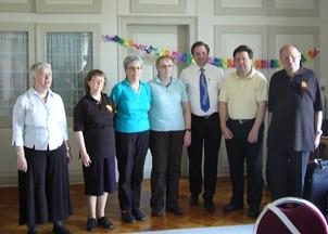 von links nach rechts:   Irene Frei, Monika Büttiker, Therese Scheidegger, Lisbeth Käser, Manfred Grotzki, Martin Zingre und Hans-Ueli Willi