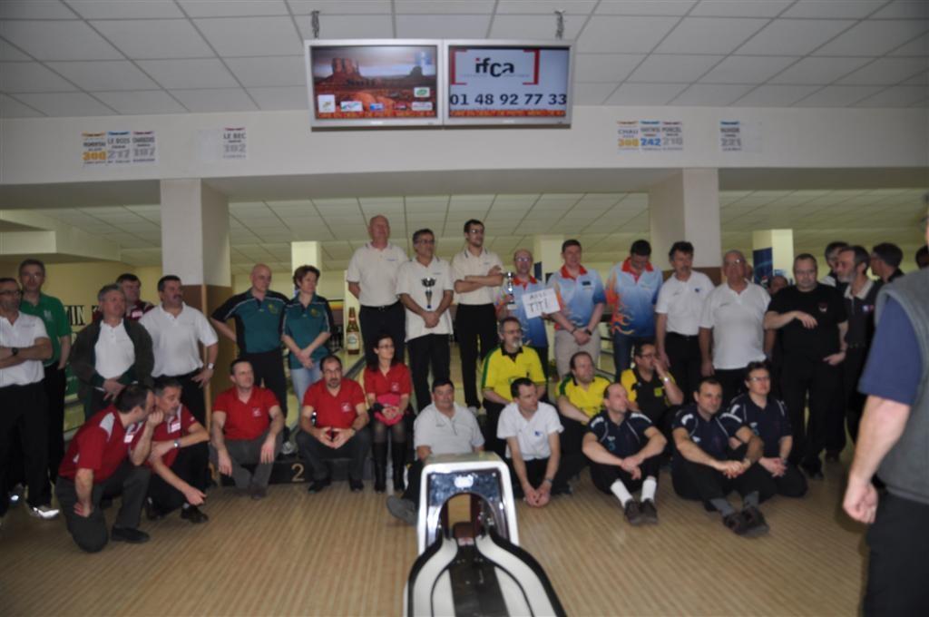 27/02/2011 : Thierry LAVERGNE, Jean-Gabriel RAFFEGEAU, Marc SALZER et Yves STROBBE 3e à la Triplette Handicap BNP Paribas à Thiais-Orly