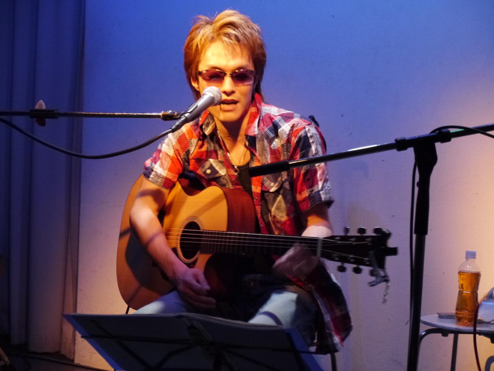"Live Cafe ""mono"" (July 2013)"