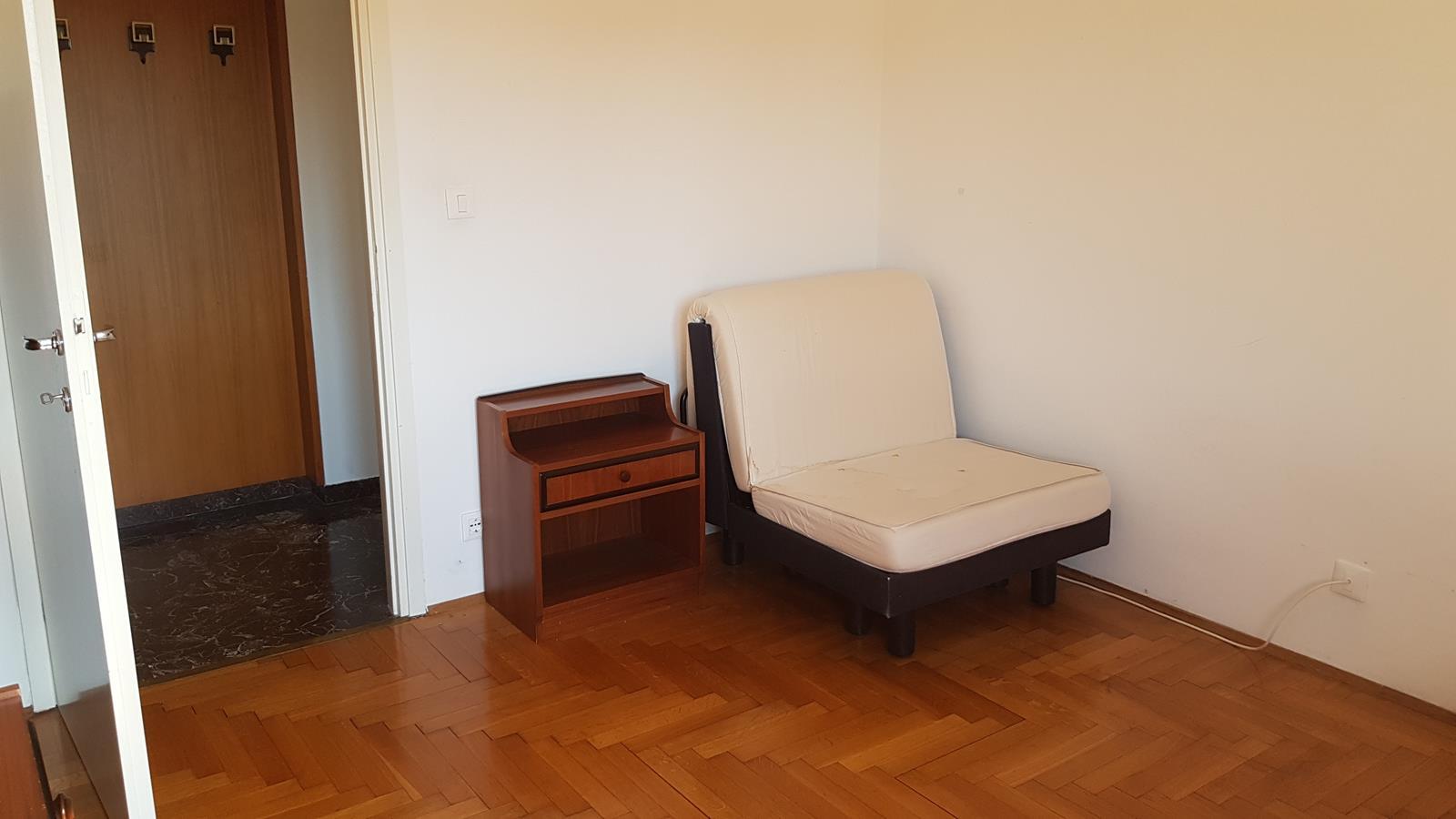 Camera intermedia