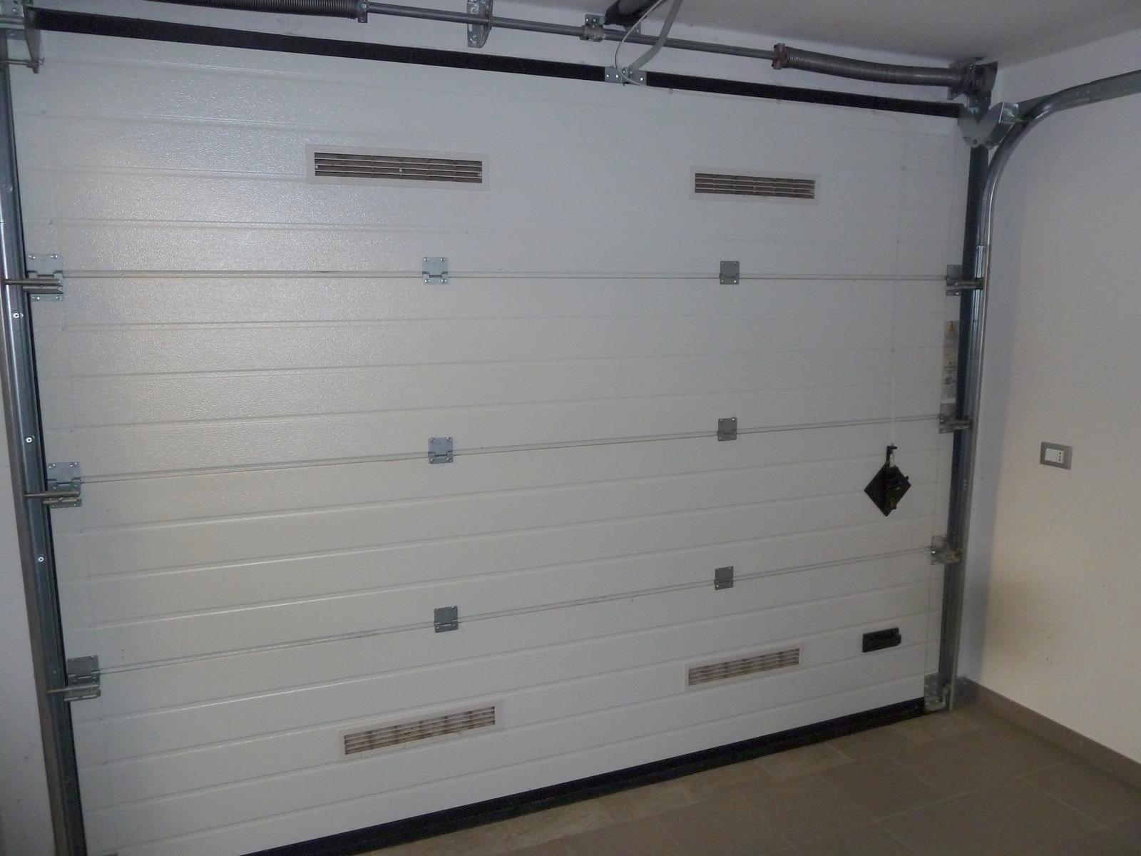 Garage motorizzato