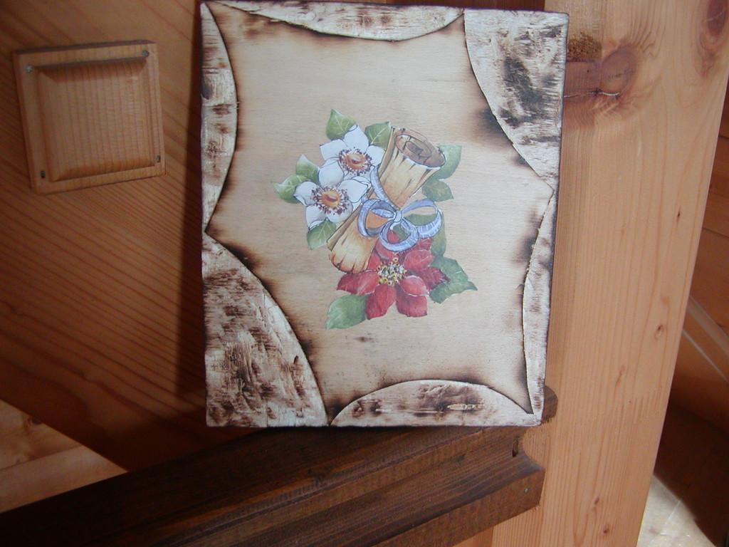 tavola bruciata fiore (da una idea di Cetty)