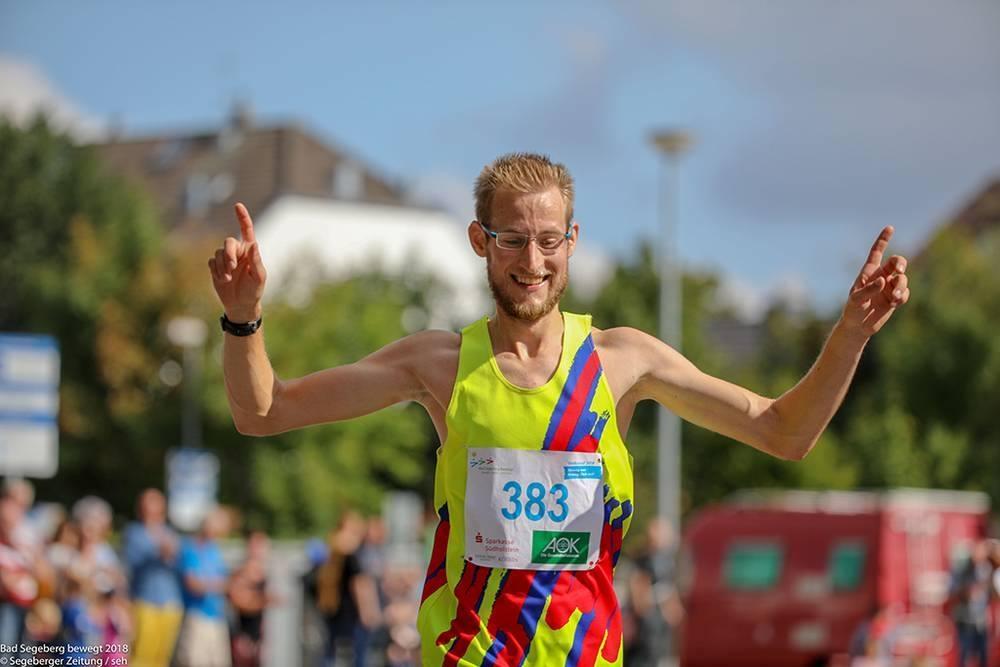 Sieger des Hauptlaufs Jan-Erik Bostelmann-Arp